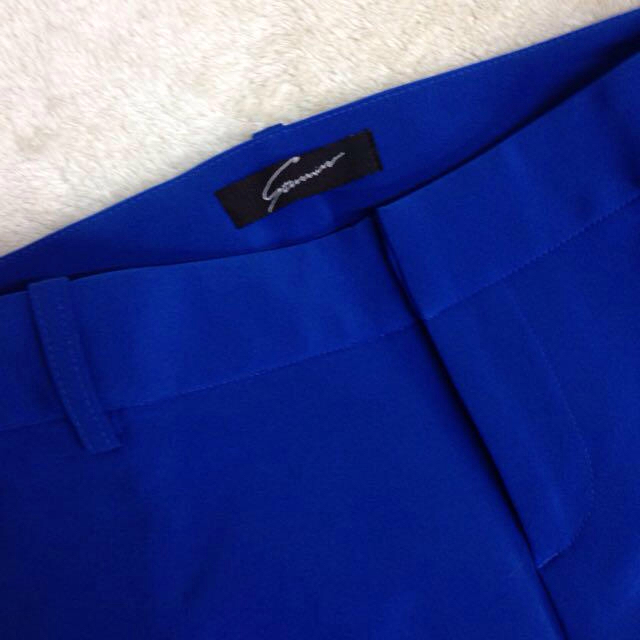 STUNNING LURE(スタニングルアー)のSTUNNING タック パンツ ブルー レディースのパンツ(カジュアルパンツ)の商品写真
