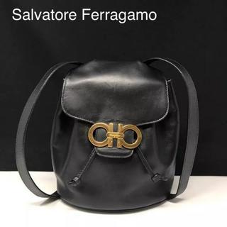 サルヴァトーレフェラガモ(Salvatore Ferragamo)の正規品 フェラガモ ガンチーニ レザー リュック ブラック(リュック/バックパック)