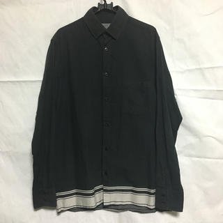 ヨウジヤマモト(Yohji Yamamoto)のyohjiyamamoto pourhomme 裾ライン シャツ(シャツ)