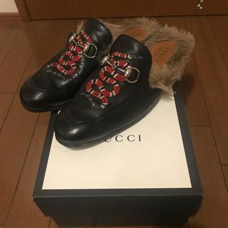 グッチ(Gucci)のgucci  リアルファーサンダル サイズ7(サンダル)