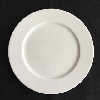 サタルニア(Saturnia)のAPILCO FOBCOOP ホワイテト ディナープレート(食器)