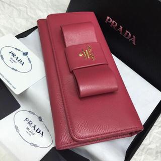 プラダ(PRADA)の美品✨PRADA長財布✨サフィアーノ✨リボンモチーフ✨Wホック✨ペオニアピンク✨(財布)