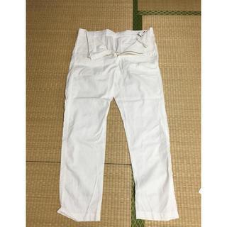 ジーユー(GU)のGUメンズ白麻パンツ(その他)