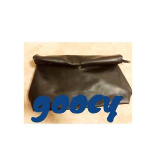 グースィー(goocy)のgoocy クラッチバック(クラッチバッグ)