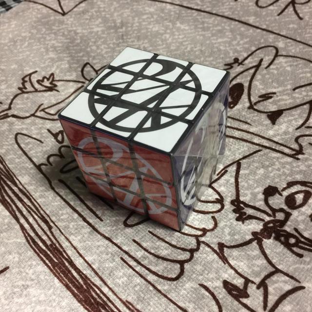 24karats(トゥエンティーフォーカラッツ)の24karats  ルービックキューブ 未使用 エンタメ/ホビーのタレントグッズ(ミュージシャン)の商品写真