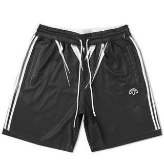 アディダス(adidas)のAdidas × Alexander Wang shorts(ショートパンツ)