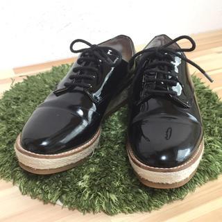 アニエスベー(agnes b.)のアニエスベー エナメルシューズ(ローファー/革靴)