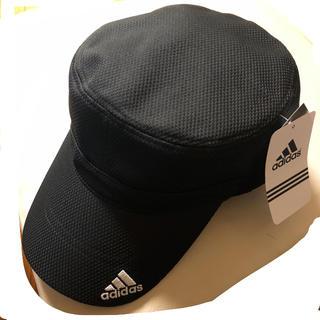 アディダス(adidas)の新品タグ付 アディダス キャップ(帽子)黒 ロゴ入り adidas キャスケット(キャスケット)