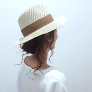 ジーユー(GU)のツバヒロストローハット(麦わら帽子/ストローハット)