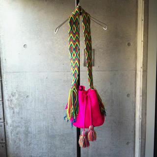 シェル(Cher)の【最終】巾着バッグ/フリンジ/Cher/新品未使用(ショルダーバッグ)