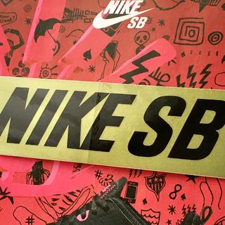ナイキ(NIKE)のNIKEsbナイキSK8激レアUS限定ボックスバナーステッカー1点物(スケートボード)