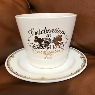 ディズニー(Disney)のディズニーホテル 花瓶 お皿 スウィート 非売品(花瓶)