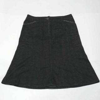 バーバリー(BURBERRY)のバーバリー  デニム生地台形スカート 38 黒(ひざ丈スカート)
