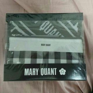 マリークワント(MARY QUANT)のMARY QUANT ポーチ&タオル(ボディバッグ/ウエストポーチ)