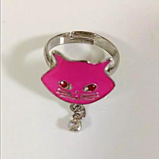 ビビッドピンクな猫フェイス リング(リング(指輪))