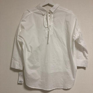 アーバンリサーチ(URBAN RESEARCH)のアーバンリサーチ 白シャツ リボン 新品 未使用(シャツ/ブラウス(長袖/七分))