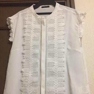 ロッソ(ROSSO)のアーバンリサーチ センターレースブラウス 大人気(シャツ/ブラウス(半袖/袖なし))