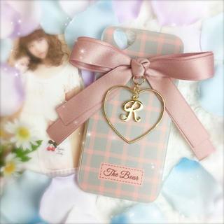 ♡様✩7(K)PINK♡ダブルリボン×ハートフレーム×イニシャルチャーム♡(iPhoneケース)
