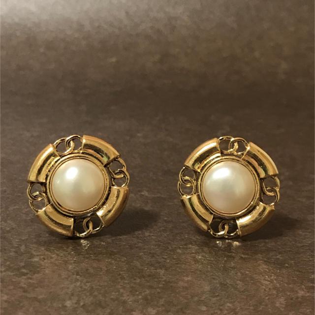 a34618a9a0e7 CHANEL(シャネル)の正規品 シャネル イヤリング ゴールド ココマーク パール 真珠 金 丸