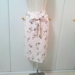 ハニーズ(HONEYS)の花柄 タイト スカート(ひざ丈スカート)