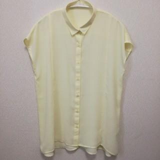 ジーユー(GU)のGU 半袖ブラウス Lサイズ(シャツ/ブラウス(半袖/袖なし))