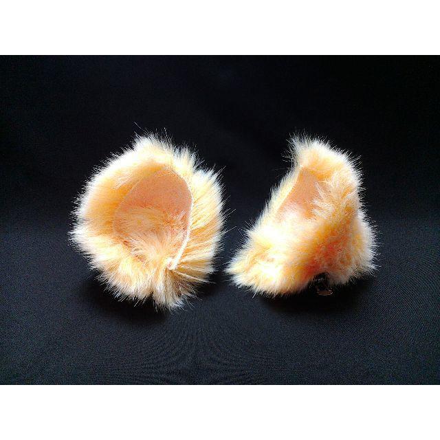 【 イエローネコミミ 】ヘアピンねこみみ◆黄色ヒヨコ風ねこ耳◆髪に着けられる猫耳 ハンドメイドのアクセサリー(ヘアアクセサリー)の商品写真