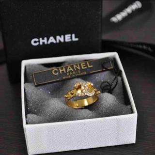 シャネル(CHANEL)の新品♡シャネル ラインストーンリング(リング(指輪))