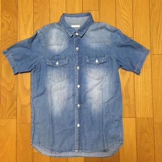 ジーユー(GU)のジーユー デニムシャツ(Tシャツ/カットソー)