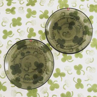 イッタラ(iittala)の【新品2枚】モスグリーン イッタラ カステヘルミ プレート 17cm x 2(食器)