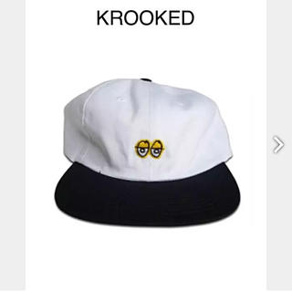 クルキッド(KROOKED)のKROOKED「EYES EMBROIDERED 6-PANEL HAT」(スケートボード)