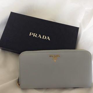 プラダ(PRADA)の:PRADA ソフトレザー ラウンド財布 新品同様(財布)