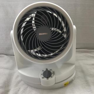 アイリスオーヤマ(アイリスオーヤマ)のアイリスオーヤマコンパクトサーキュレーター 未使用 静音モード 首振り 8畳まで(サーキュレーター)