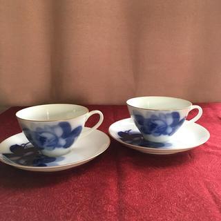 オオクラトウエン(大倉陶園)のブルーローズ  カップ&ソーサー2客(食器)