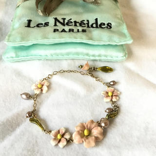 レネレイド(Les Nereides)のレネレイド ブレスレット 花柄 ピンク(ブレスレット/バングル)