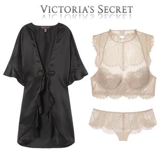ヴィクトリアズシークレット(Victoria's Secret)の[sara様専用]VS豪華ブラ&ショーツ&ガウン3点セット(CG)(ブラ&ショーツセット)