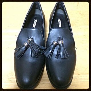 ランダ(RANDA)のタッセルシューズ(ローファー/革靴)