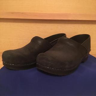 ダンスコ(dansko)のおに様専用 サニタサボ 40 ブラック  ダンスコ好きな人にも!(ローファー/革靴)