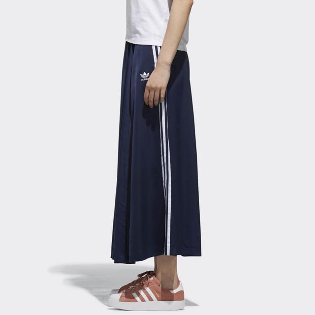 adidas(アディダス)のM  ♡ BEAUTY&YOUTH ロングスカート adidas コラボ レディースのスカート(ロングスカート)の商品写真