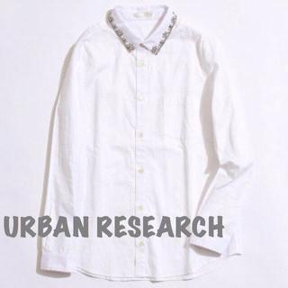 アーバンリサーチ(URBAN RESEARCH)のアーバンリサーチ*ビジューシャツ(シャツ/ブラウス(長袖/七分))