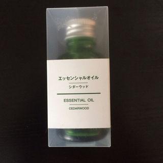 MUJI (無印良品) - 【新品 未使用】無印 シダーウッド エッセンシャルオイル 30ml