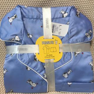 ジーユー(GU)のGUサテンパジャマ半袖ショートパンツスヌーピー柄ブルー(パジャマ)
