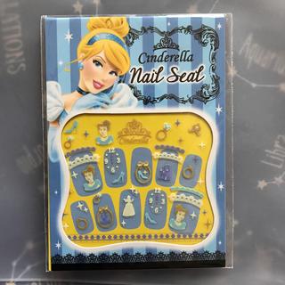 ディズニー(Disney)のネイルシール 蓄光 シンデレラ(ネイル用品)