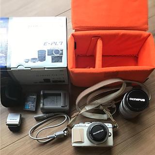 オリンパス(OLYMPUS)の予備バッテリー、SDカードつき★OLYMPUS PEN Lite E-PL7(ミラーレス一眼)