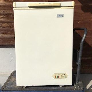 冷凍庫 Electrolux 105リットル