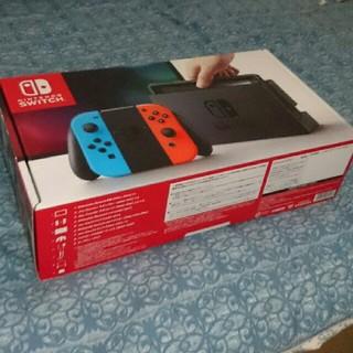 ニンテンドウ(任天堂)のNintendo Switch(家庭用ゲーム機本体)