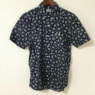 ジュンメン(JUNMEN)のJUN MEN 半袖シャツ ペイズリー アロハシャツ ネイビー 紺 M(シャツ)