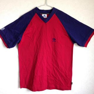 アディダス(adidas)のadidas VネックTシャツ(Tシャツ/カットソー(半袖/袖なし))