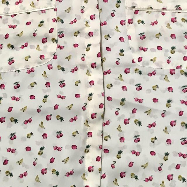 GU(ジーユー)のGU ノースリーブシャツ レディースのトップス(シャツ/ブラウス(半袖/袖なし))の商品写真