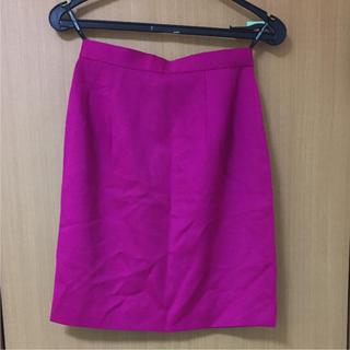 アンドレルチアーノ(ANDRE LUCIANO)のANDRELUCIANO スカート タイト 赤紫/パープル/ピンク(ひざ丈スカート)