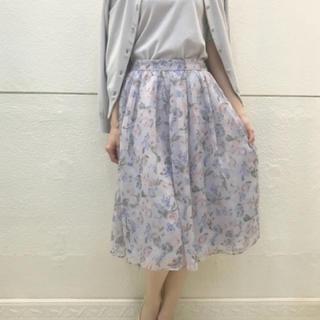 デビュードフィオレ(Debut de Fiore)のデビュードフィオレ  新品タグ付き  花柄スカート(ひざ丈スカート)